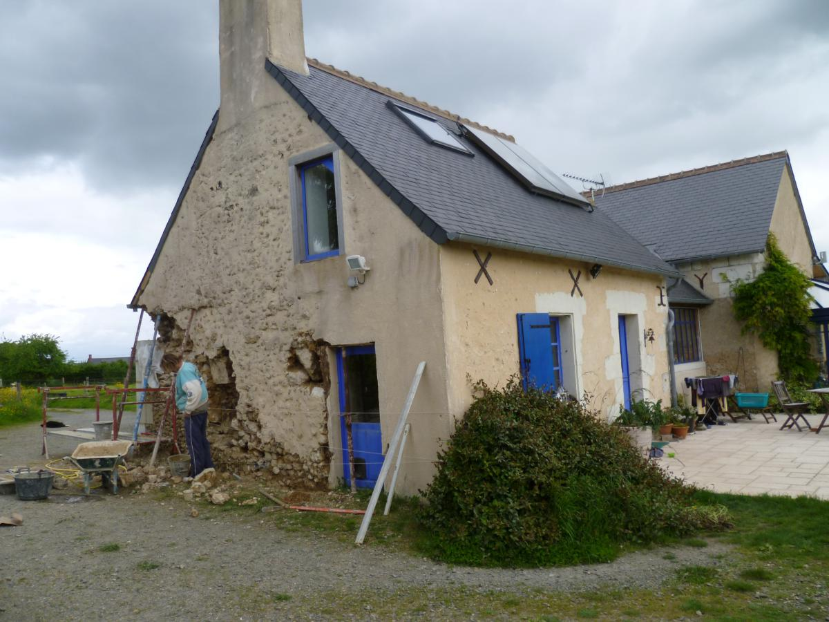 La maison ancienne sarl for Fissure facade maison ancienne